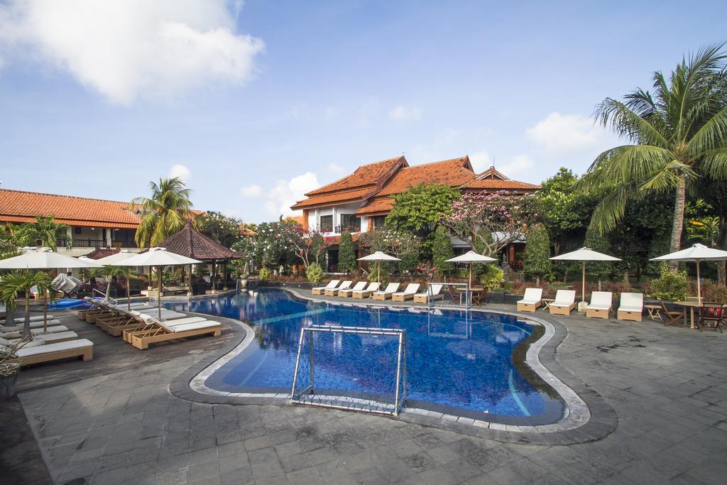 Sol House Bali Kuta, фото