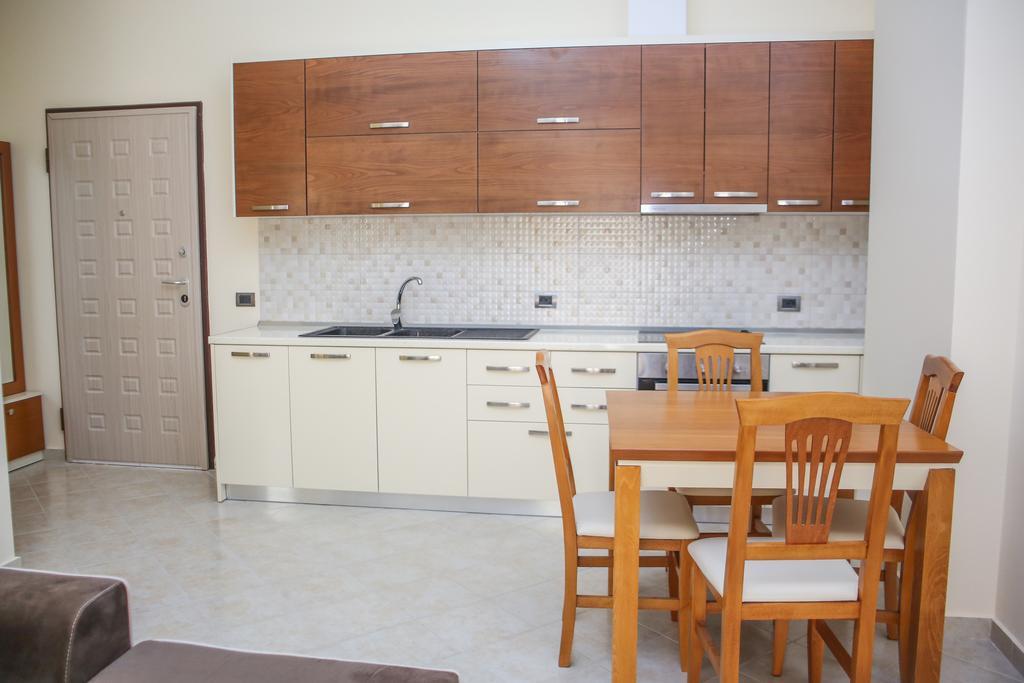 Готель, 4, Aler Luxury Apartments Durres