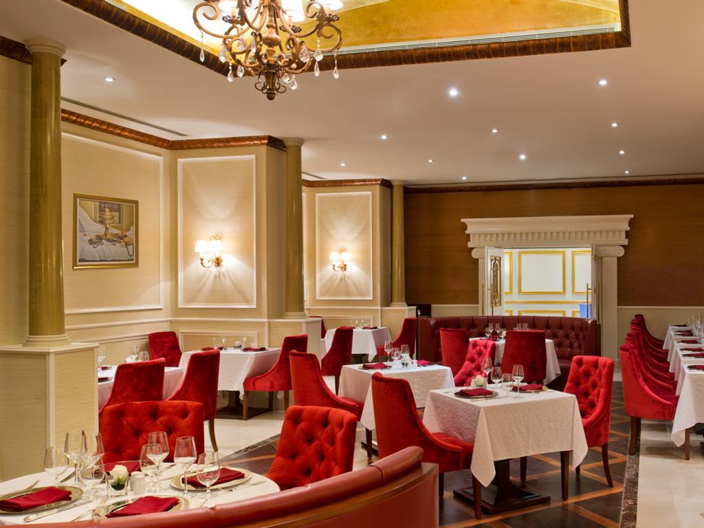 Ціни в готелі Warwick Doha