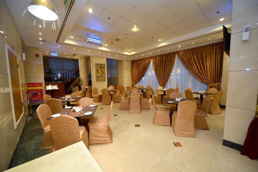 Отдых в отеле Nejoum Al Emarate Hotel Sharjah