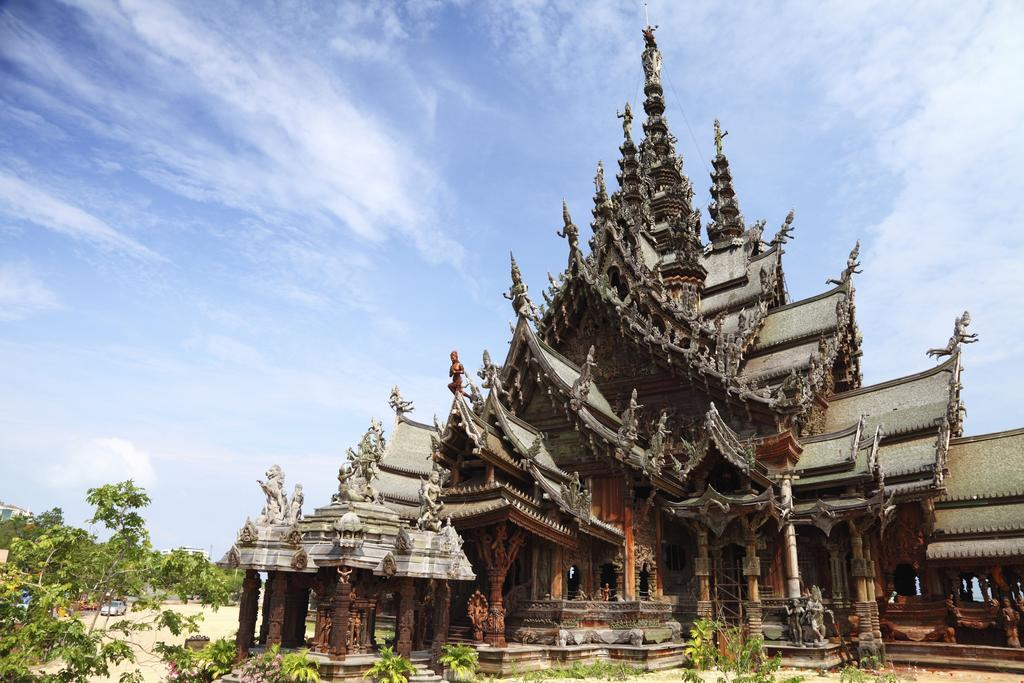 Отдых в отеле Red Planet Pattaya Паттайя Таиланд