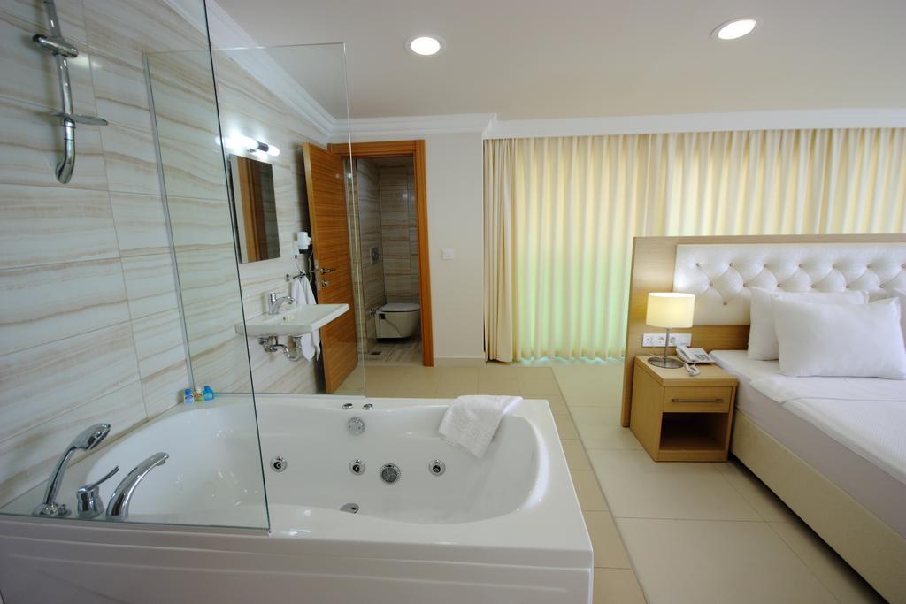 Горящие туры в отель Dragut Point North Otel