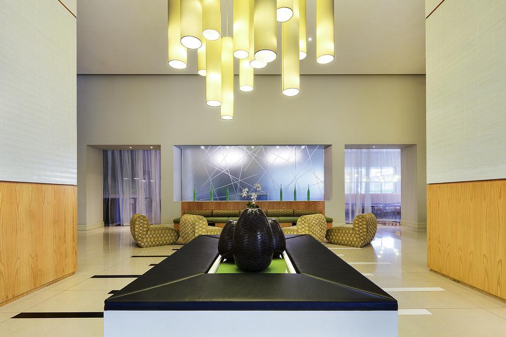 Ibis Hotel Deira City Centre, Дубай (город)