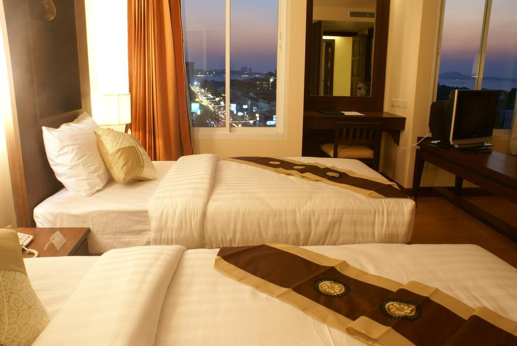 Отзывы туристов Aiyara Palace Hotel