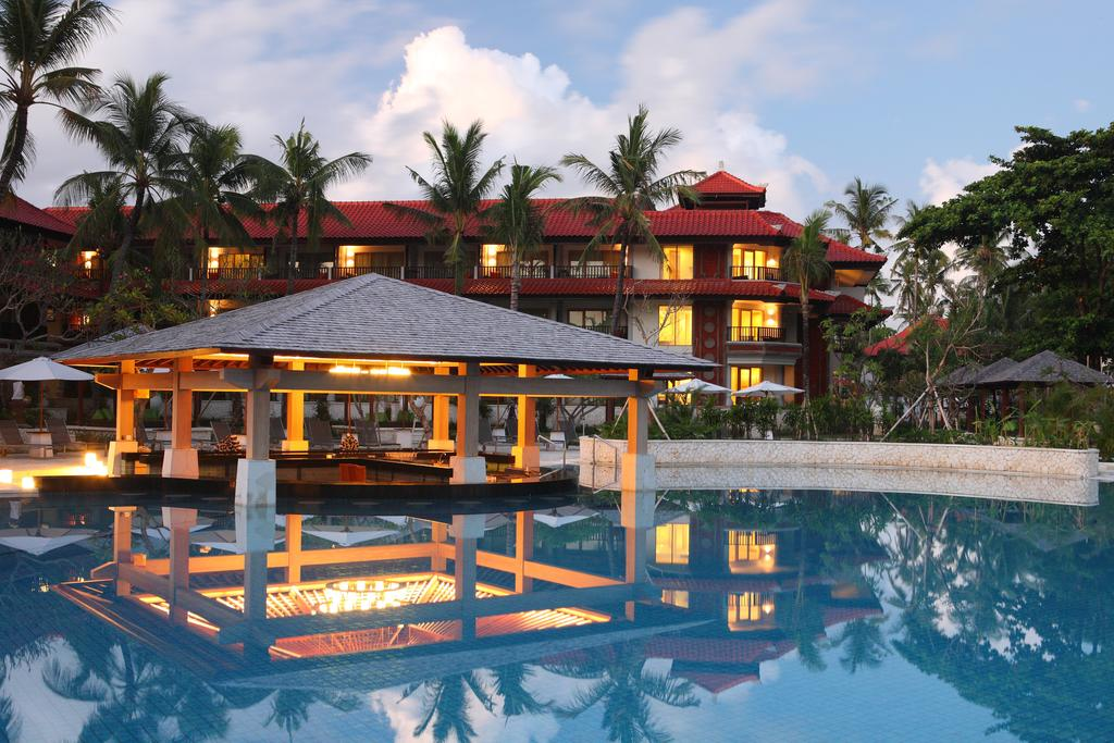 Holiday Inn Resort Baruna, Кута, фотографии туров