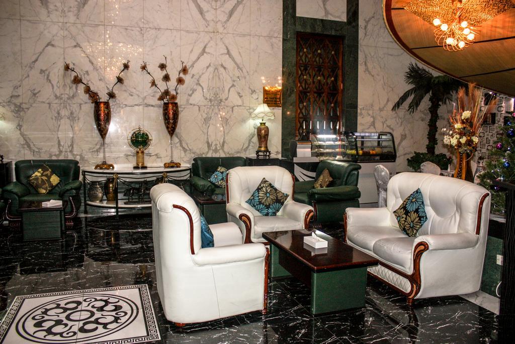 Туры в отель Mayfair Hotel