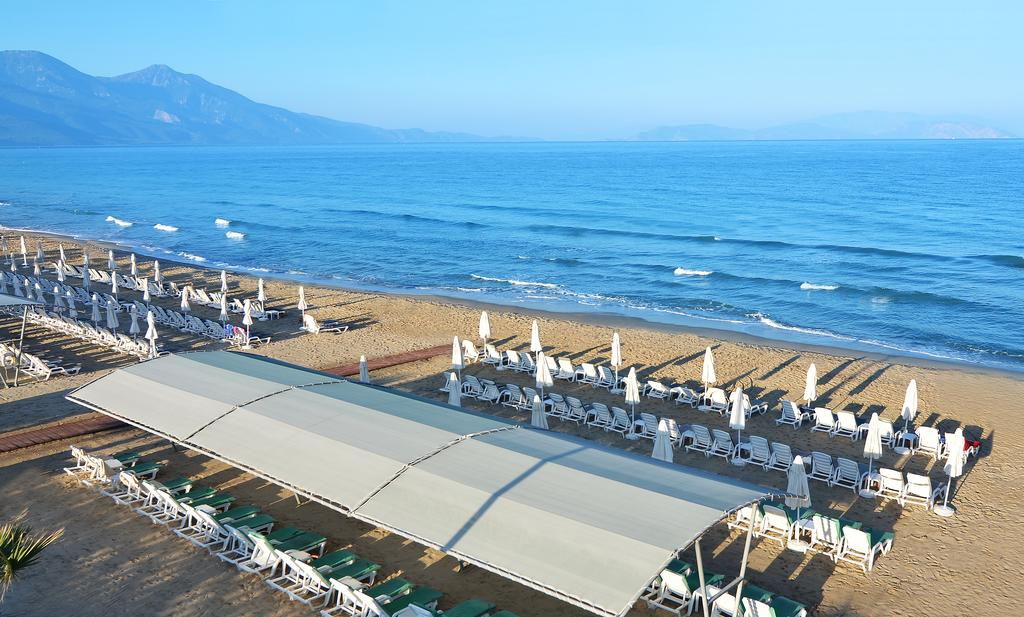 Отдых в отеле Palm Wings Beach Resort & Spa