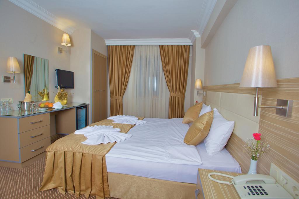 Фото отеля Grand Emin Hotel