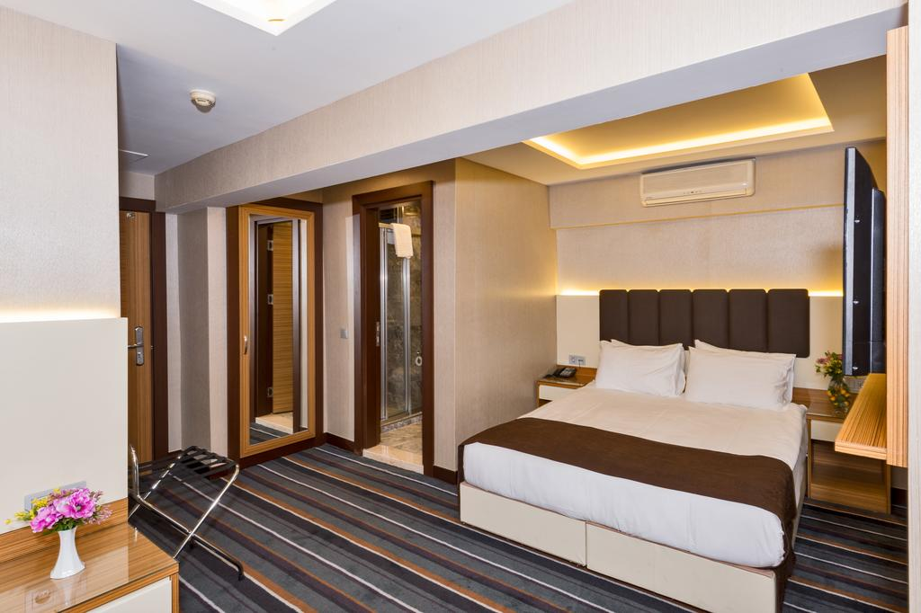 Цены в отеле Bergama Hotel