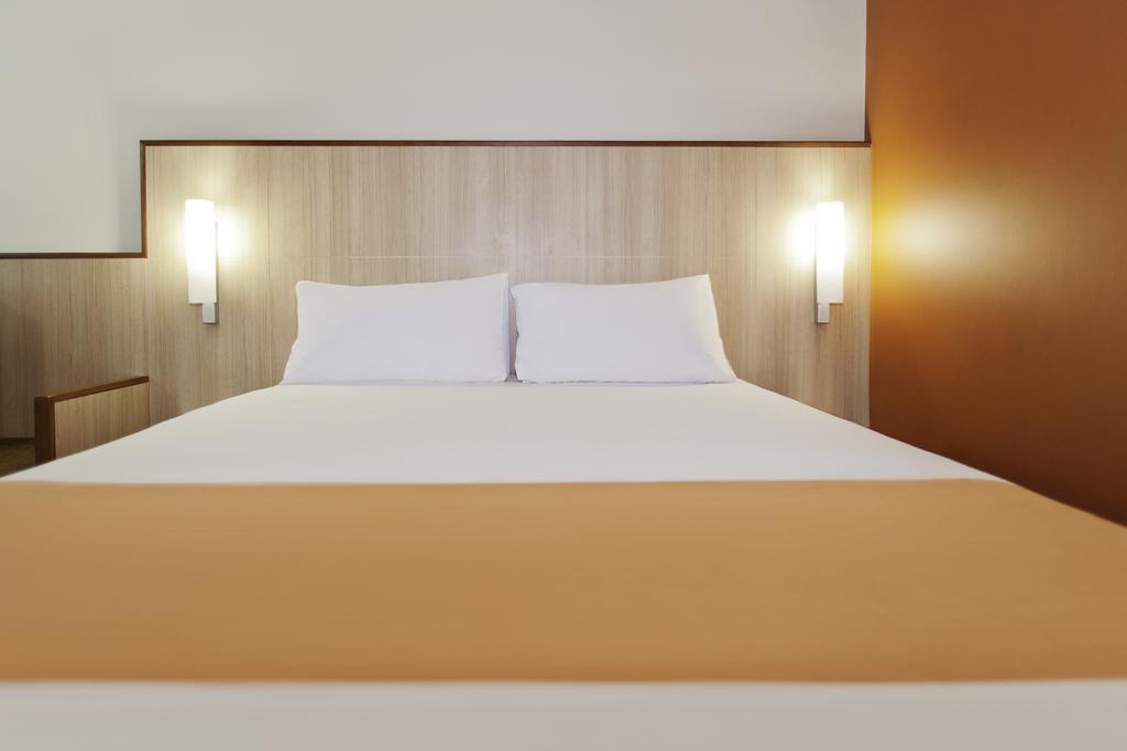 Тури в готель Ibis Hotel Al Barsha