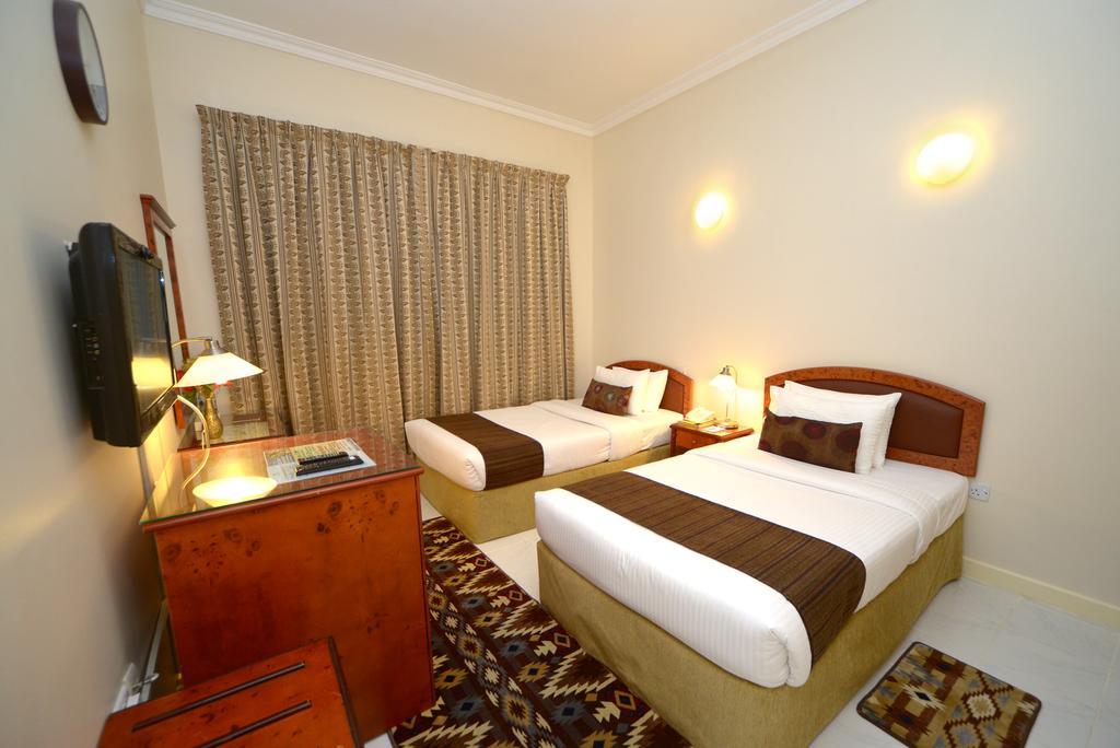 Отдых в отеле Nejoum Al Emarate Hotel Sharjah Шарджа
