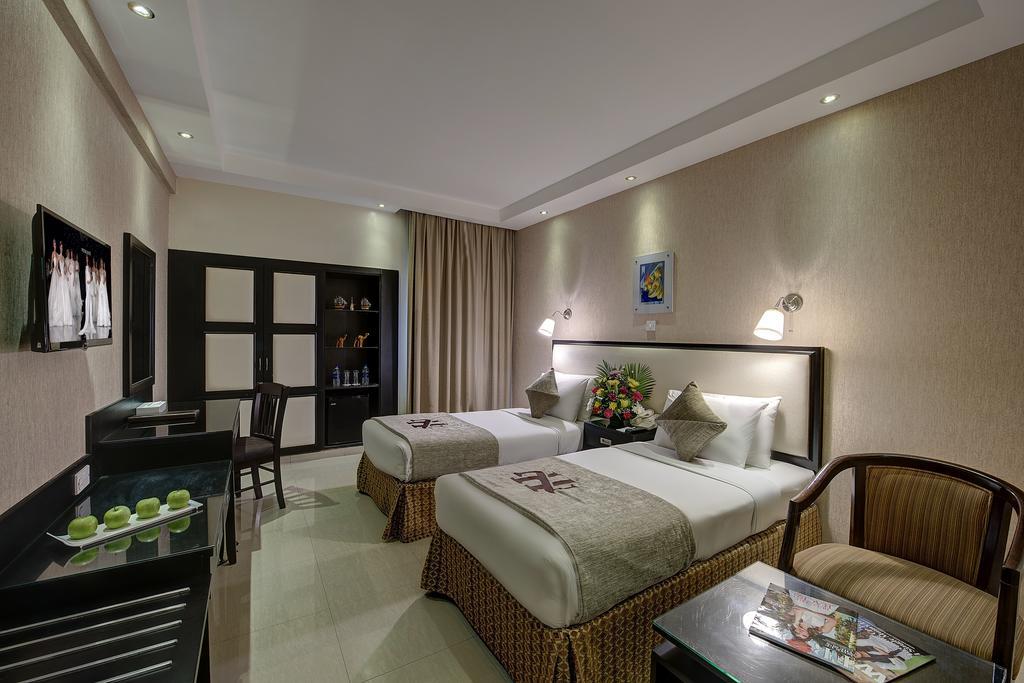 Отдых в отеле Palm Beach Dubai