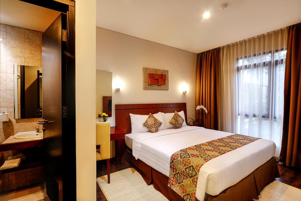 Кута Grand Kuta Hotel & Residences цены