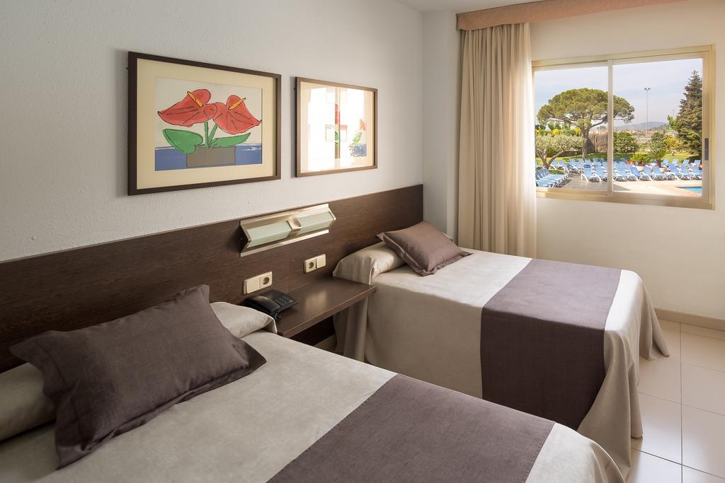 Aqua Hotel Montagut, Коста-де-Барселона-Маресме цены