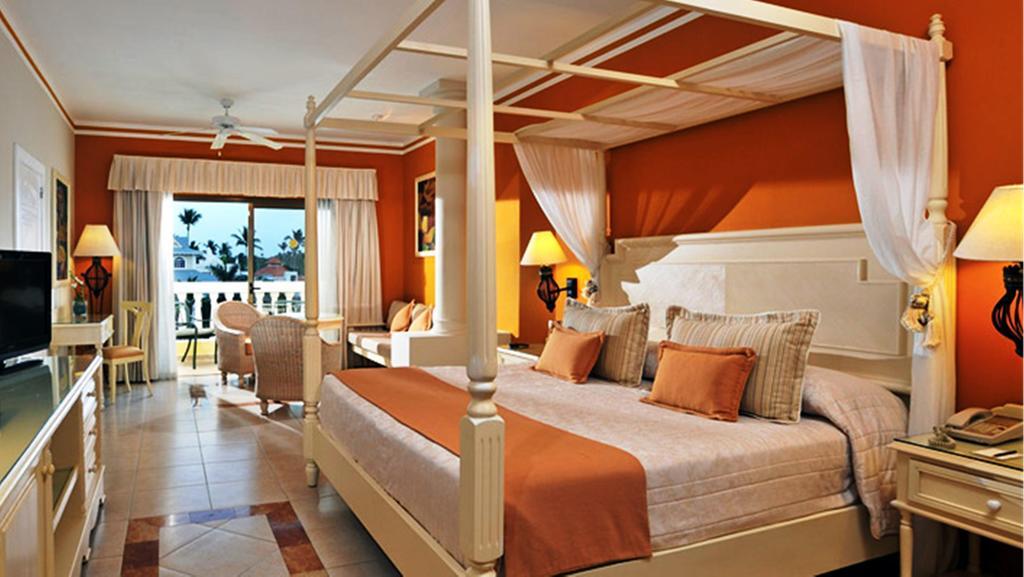 Горящие туры в отель Luxury Bahia Principe Esmeralda