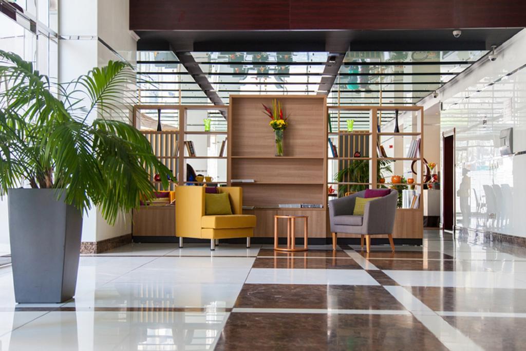 Дубай (город), Park Inn by Radisson Hotel Apartments, APP