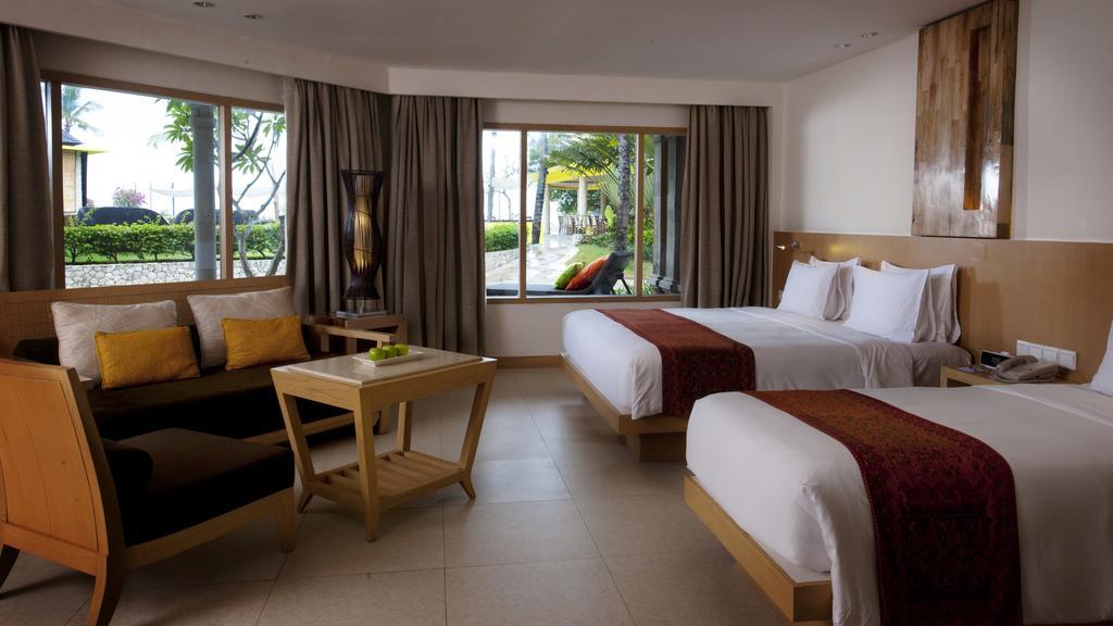 Holiday Inn Resort Baruna, Индонезия, Кута, туры, фото и отзывы