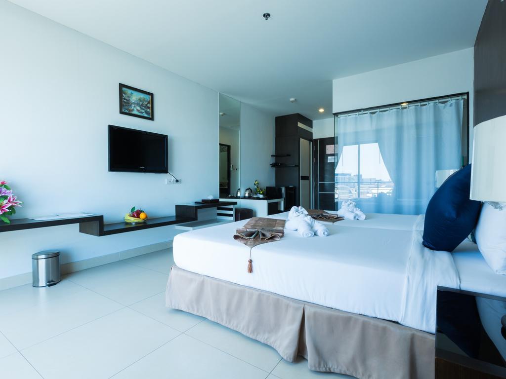 Отель, Vogue Pattaya Hotel