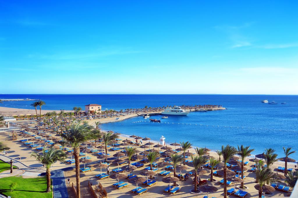 Beach Albatros Resort ціна
