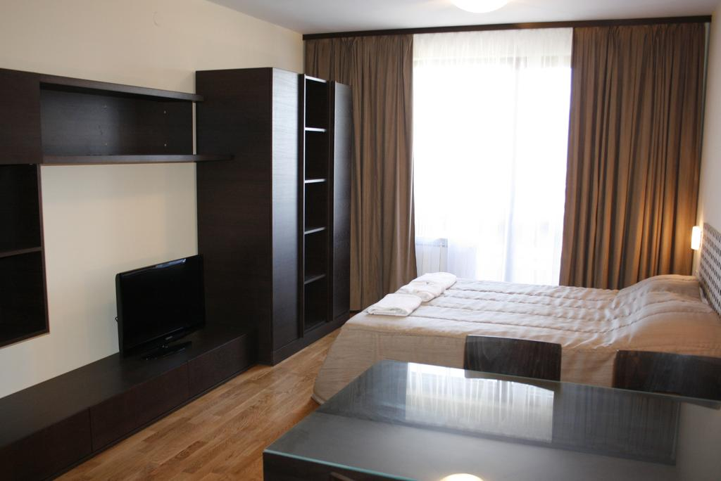 Цены в отеле All Seasons Club Apart-Hotel