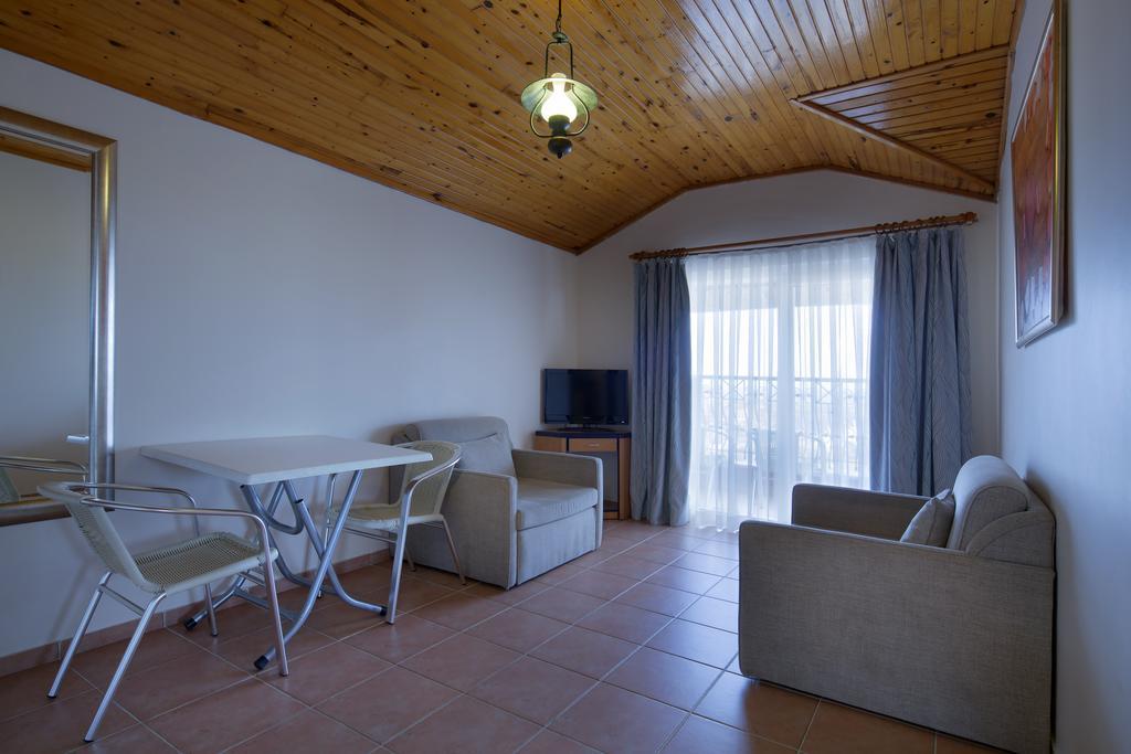 Villa Moonflower Aparts & Suites ціна