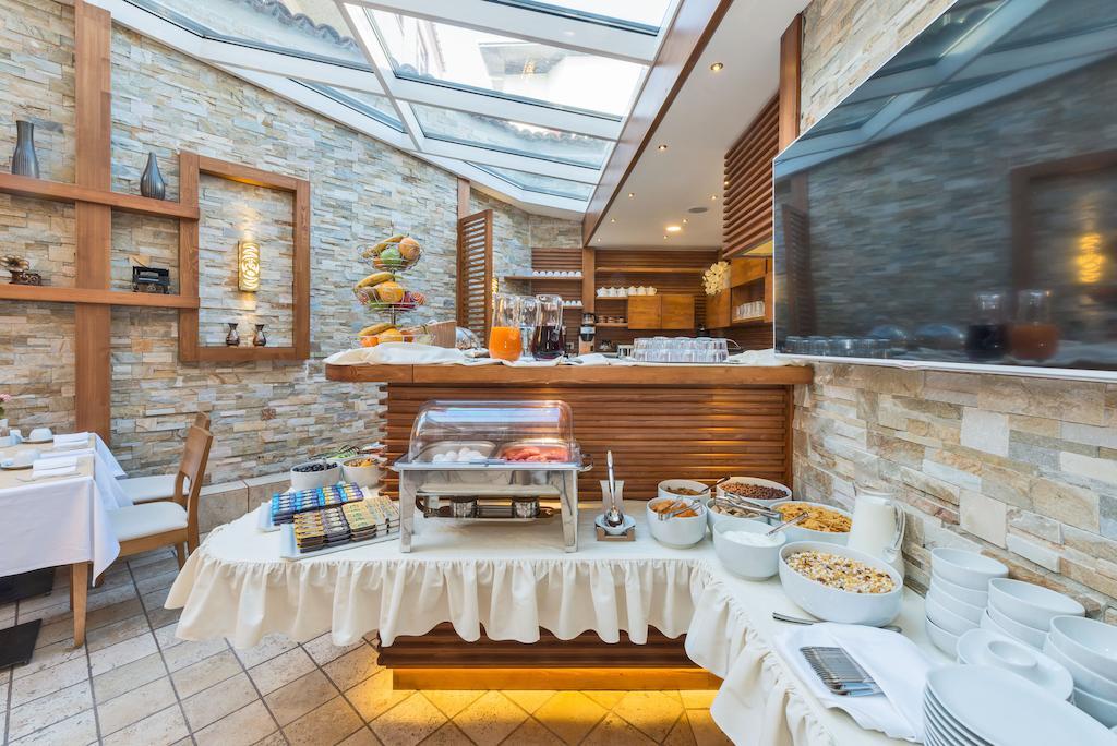 Горящие туры в отель The Million Stone Hotel