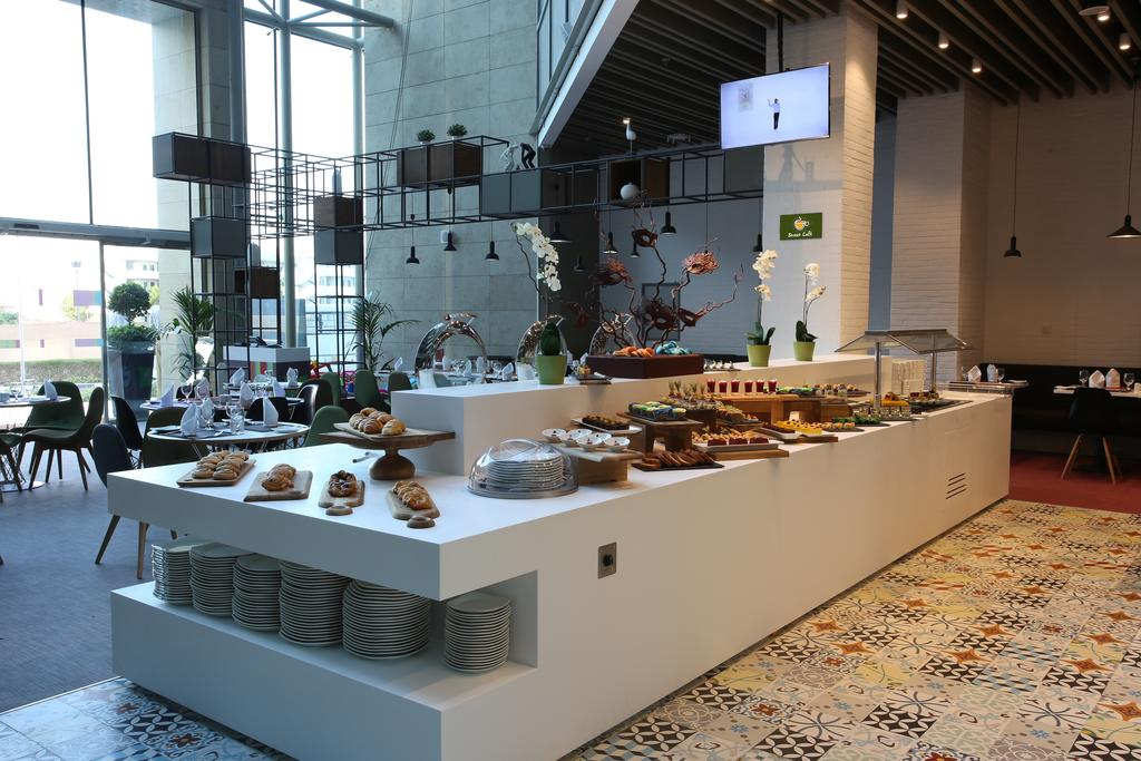 Дубай (пляжные отели) Ibis Styles Hotel Jumeira Dubai