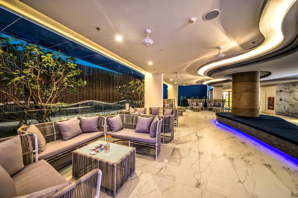 Горящие туры в отель Surf Hotel Patong (Hotel Clover Patong)