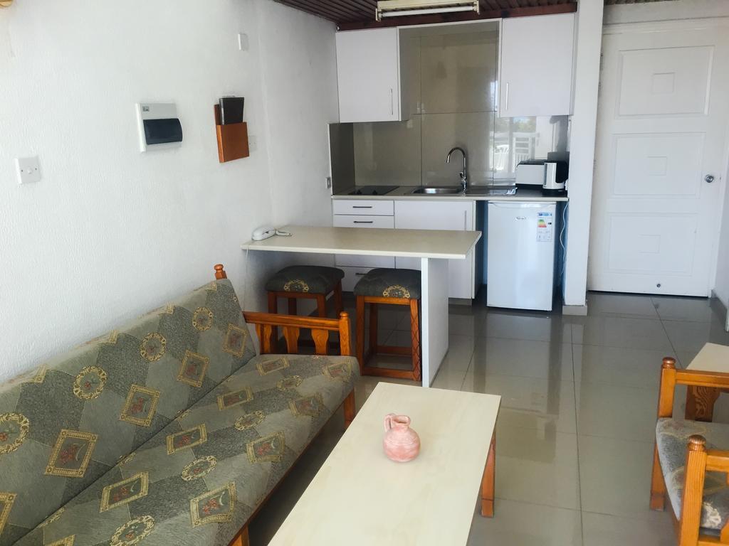 Горящие туры в отель Boronia Hotel Apartments Ларнака Кипр