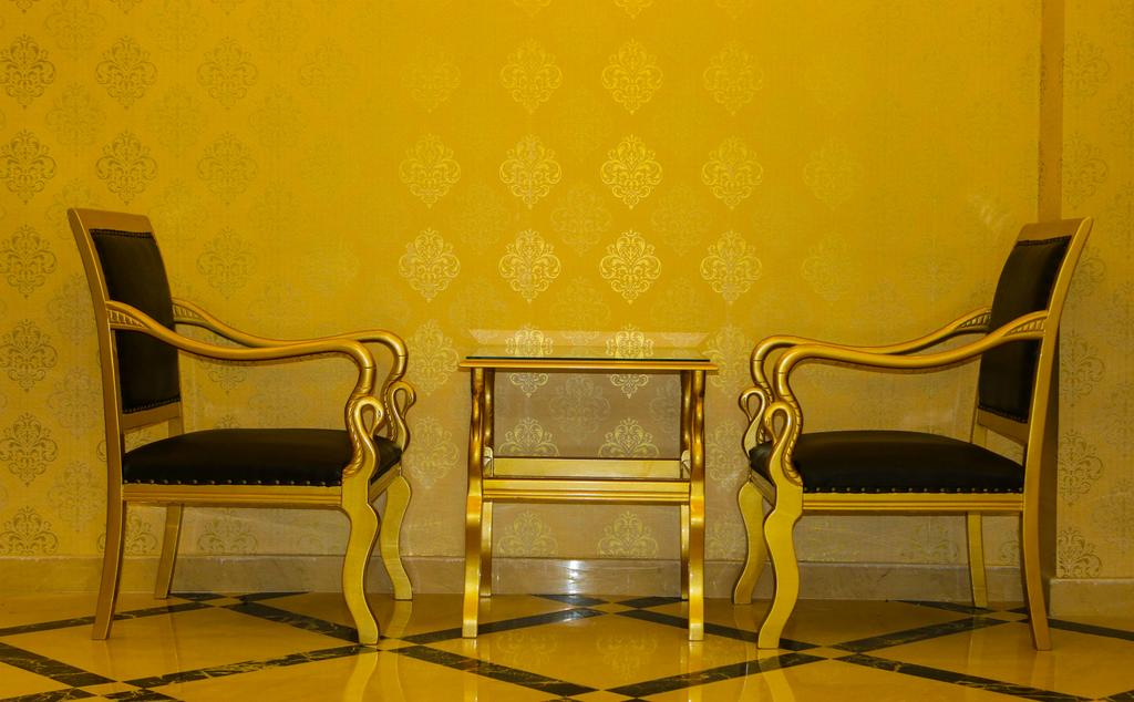 Фото отеля Deluxe Newport Hotel