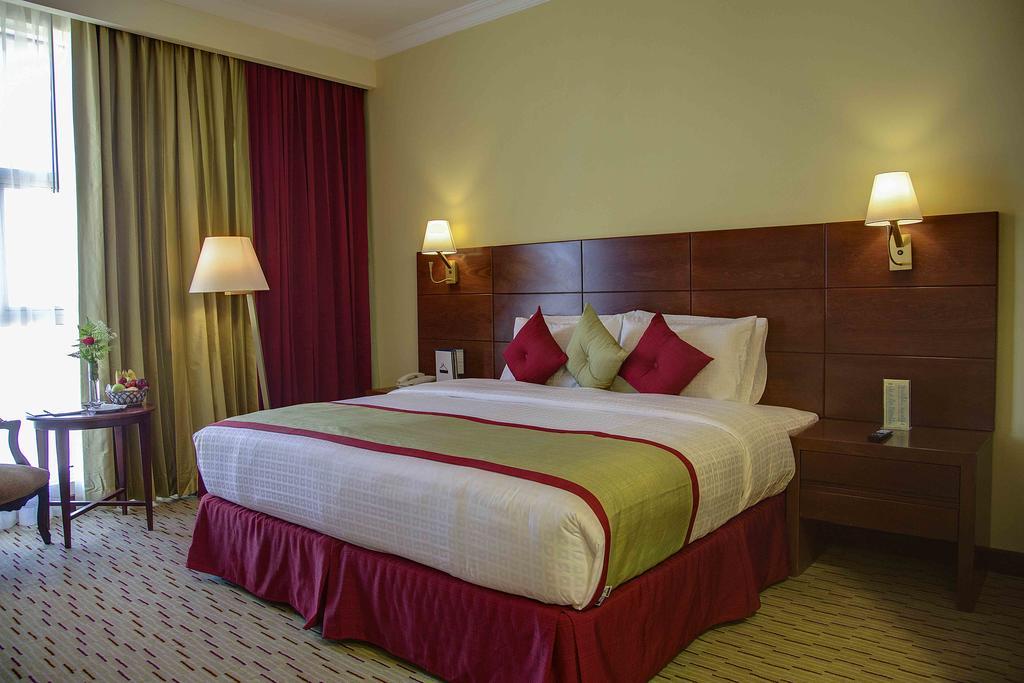 Цены в отеле Rayan Hotel