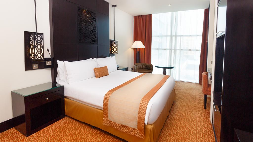 Отдых в отеле Holiday Inn Al Barsha Дубай (город)