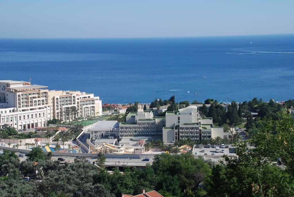 Бечичи Mediteran Becici Hotel