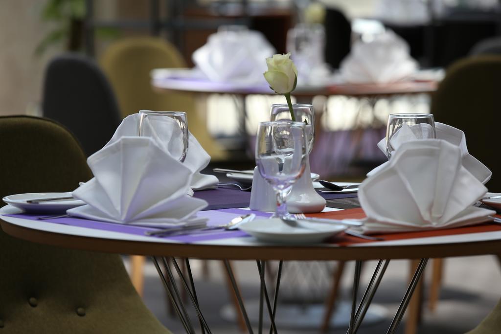 Ibis Styles Hotel Jumeira Dubai цена