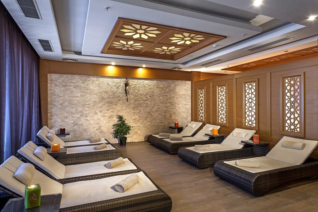 Відпочинок в готелі Karmir Resort & Spa Кемер Туреччина