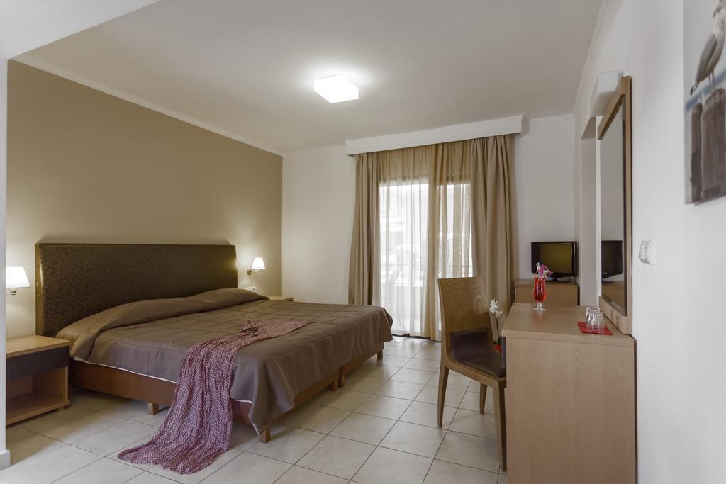 Lagomandra Beach Hotel, Греція, Сітонія, тури, фото та відгуки