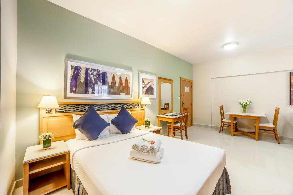 Дубай (город), Golden Sands Hotel Apartments, APP