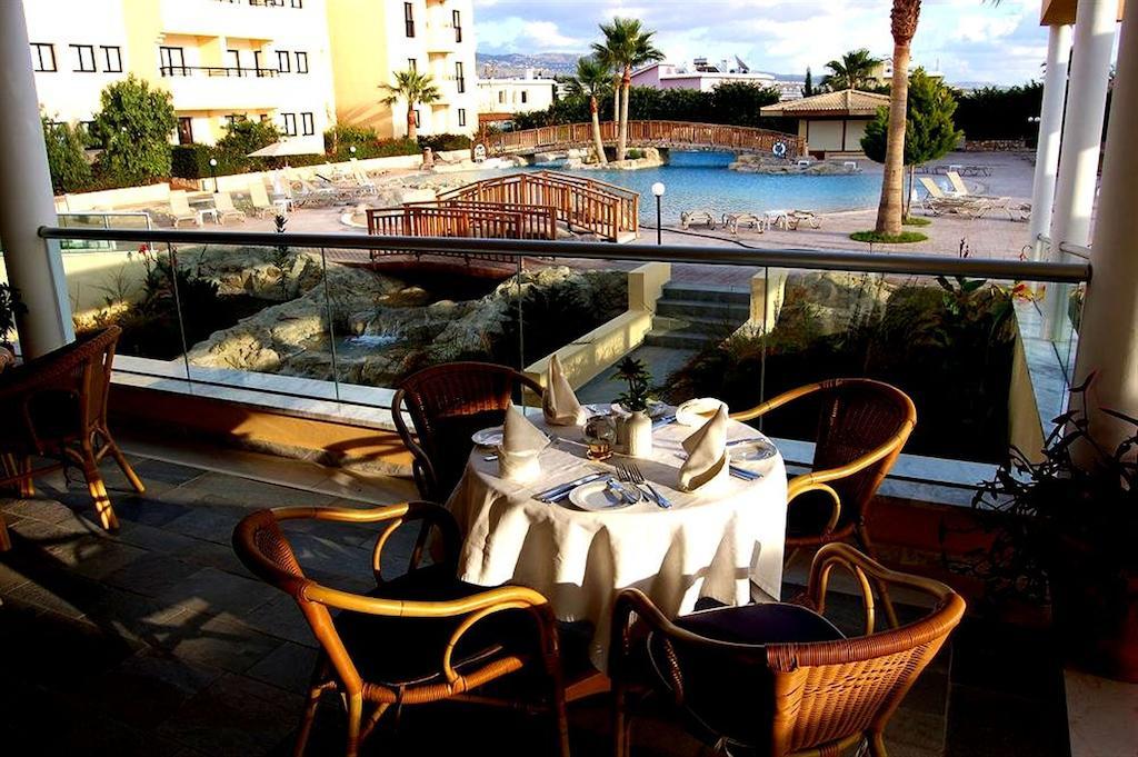 Туры в отель Panareti Coral Bay Hotel Пафос