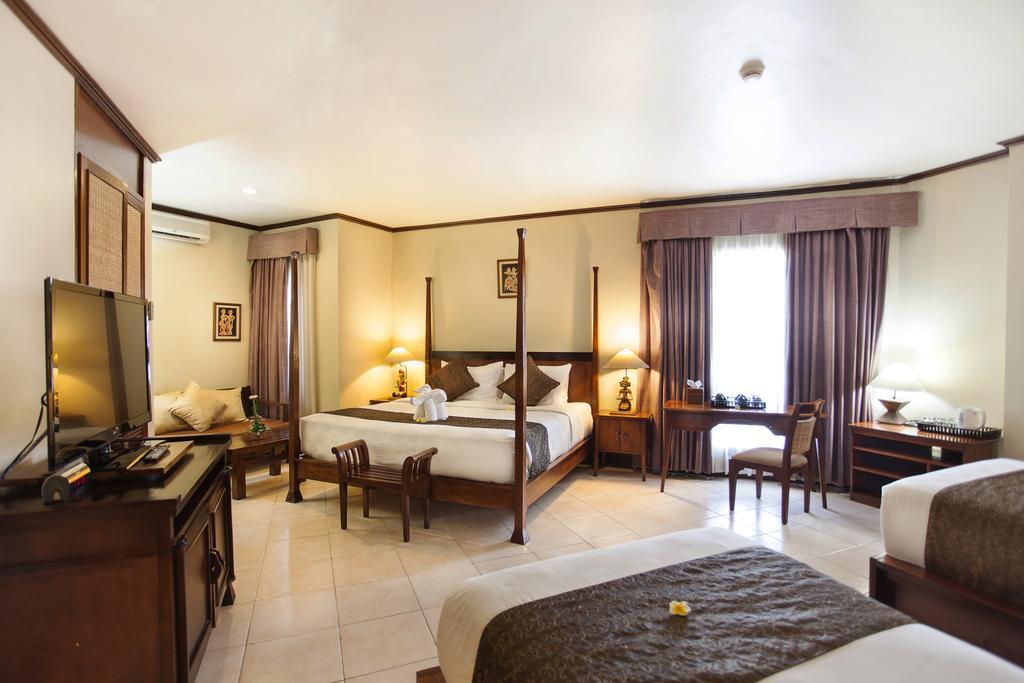 Отдых в отеле Ramayana Кута