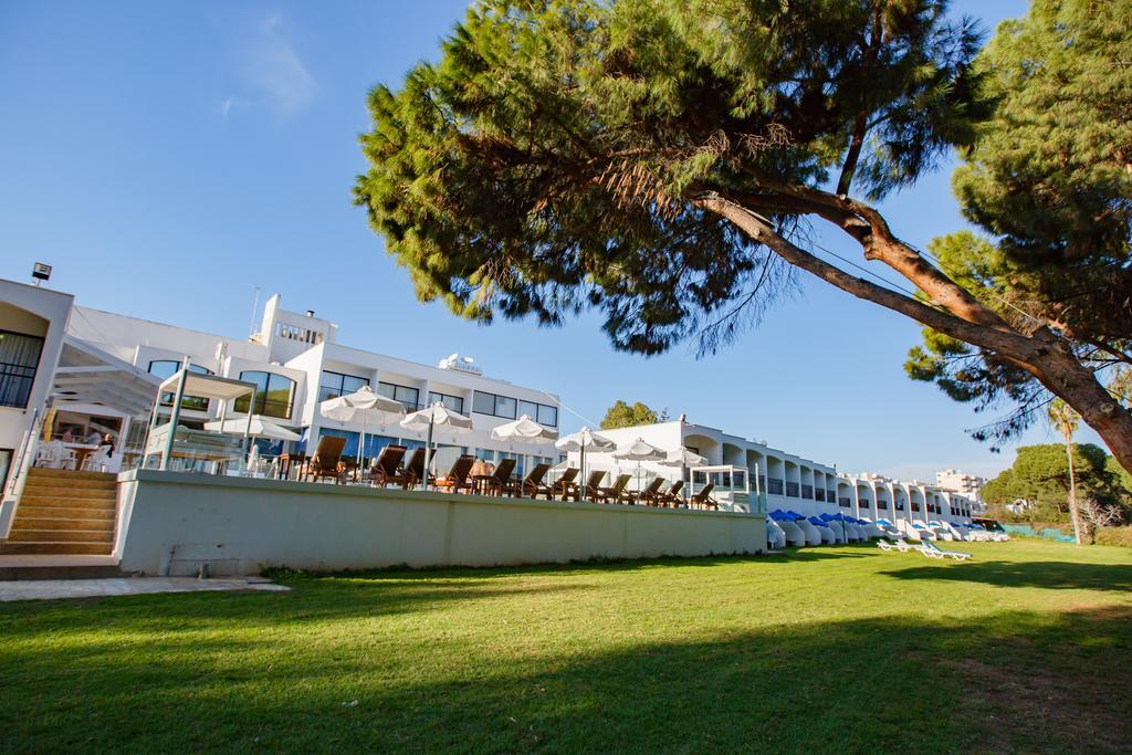 Туры в отель Lobelia Park Beach Annex Лимассол