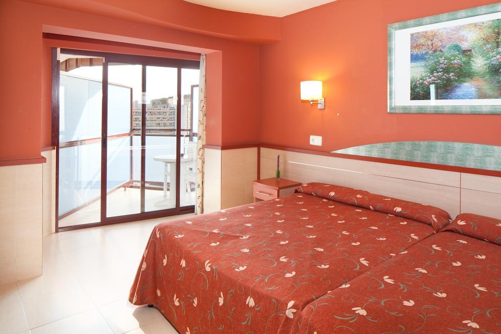 Туры в отель H·top Calella Palace