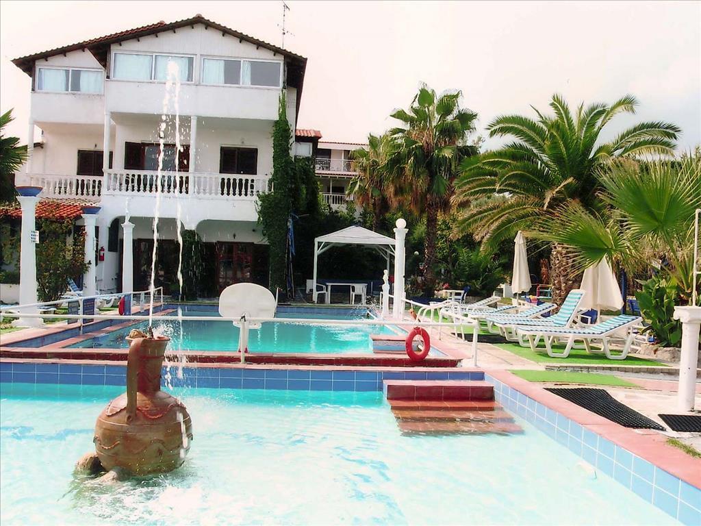 Villa George Hotel Apartments, Греція, Кассандра, тури, фото та відгуки