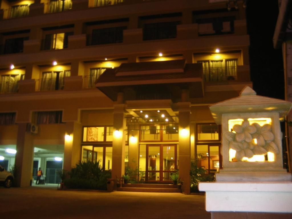 Таиланд Piyada Residence