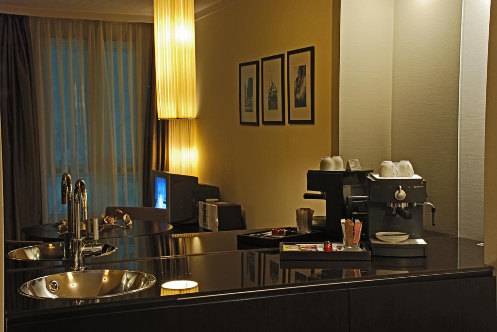 Туры в отель Bentley By Molton Hotels