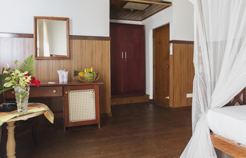 Отзывы гостей отеля Neptune Bey Hotel