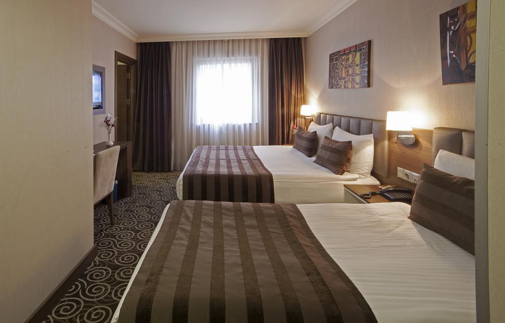 Туры в отель Delta Hotel