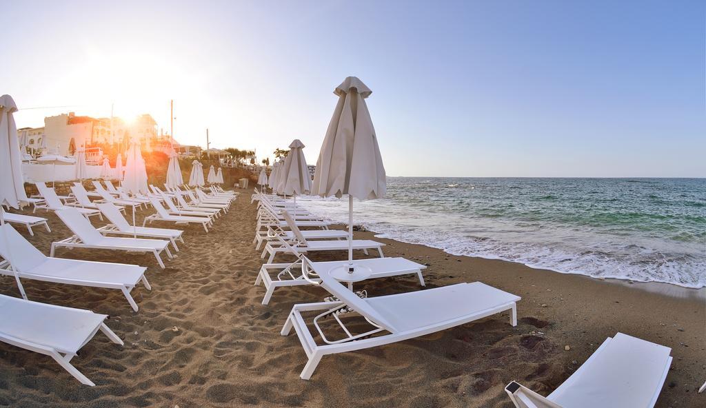 Golden Beach, Іракліон