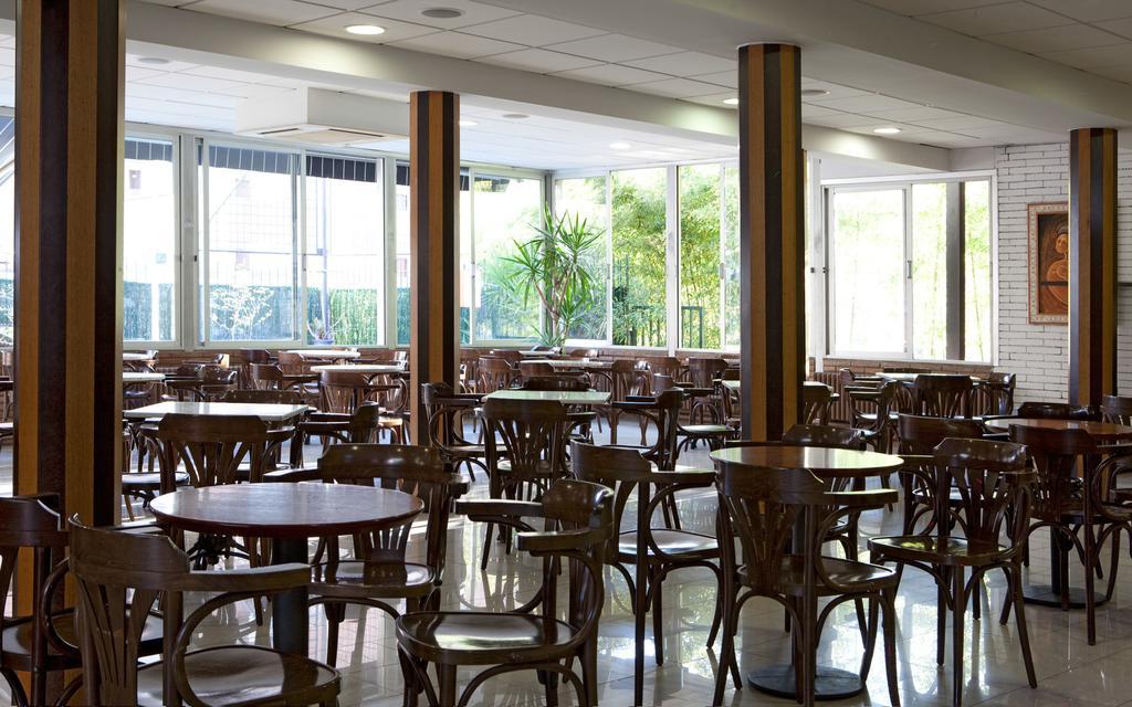 Отдых в отеле Htop Palm Beach (Ex. Htop Ancla) Коста-Брава