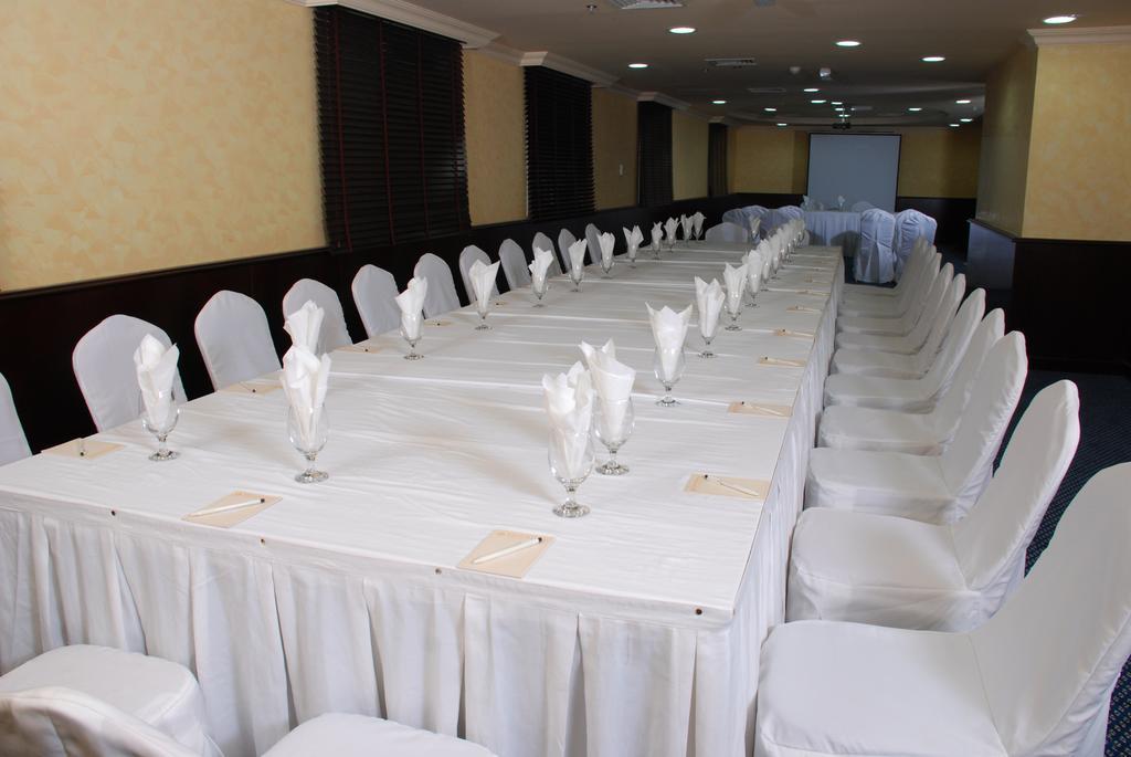 Шарджа Al Bustan Hotel Sharjah цены