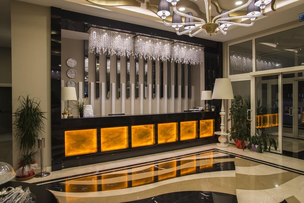 Тури в готель Palm World Side Resort & Spa